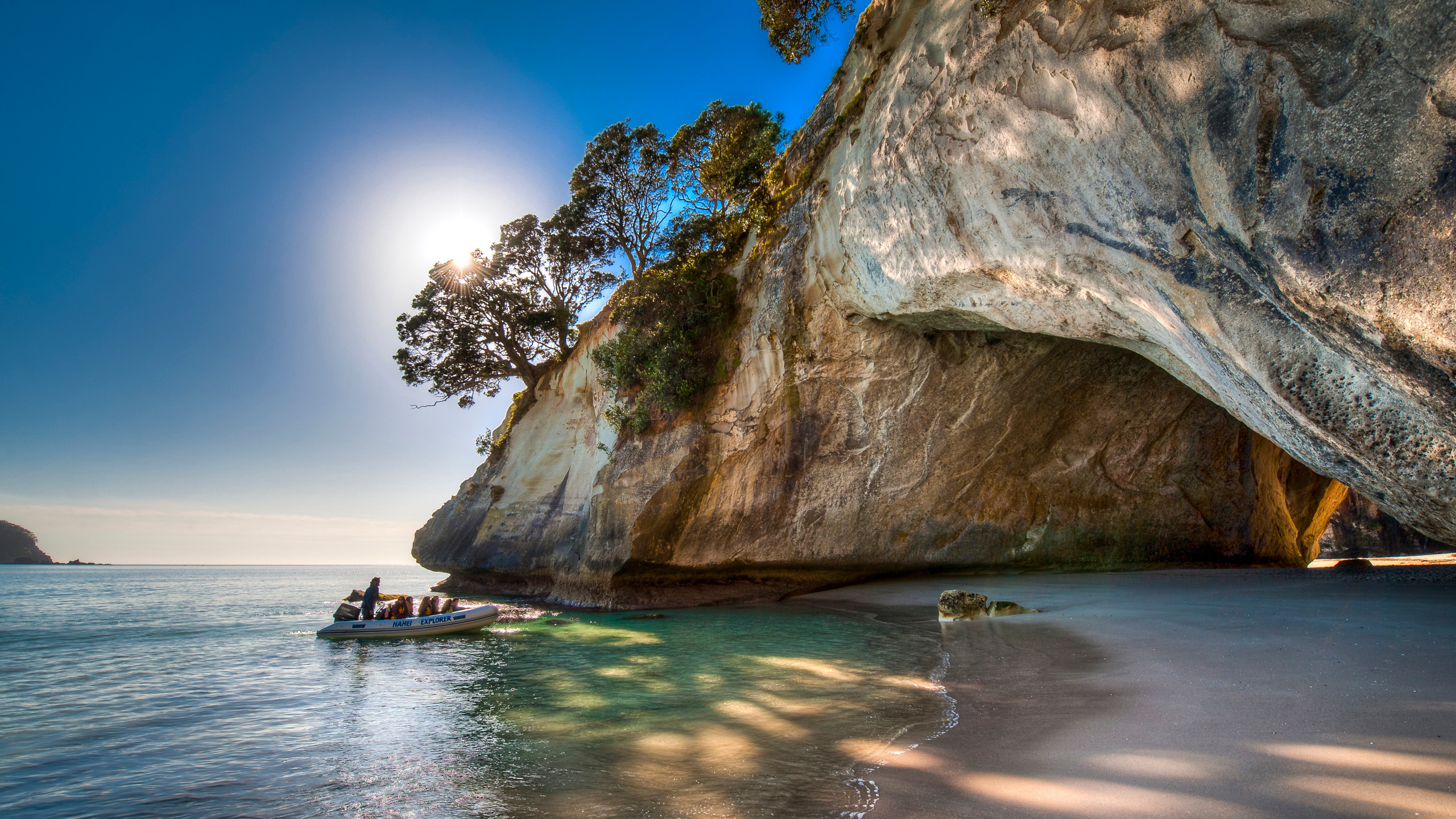 Cathedral Cove, New Zealand attractions, New Zealand activities