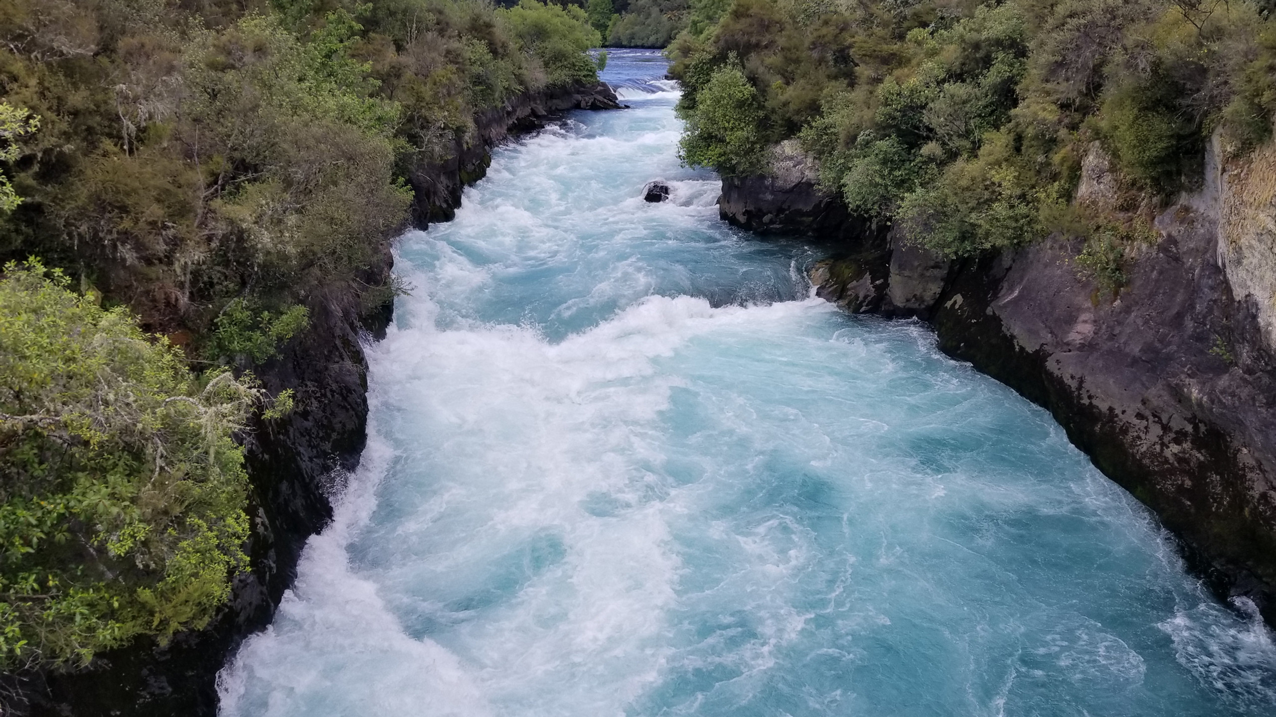 Waikato river near Huka Falls, New Zealand attractions, New Zealand activities