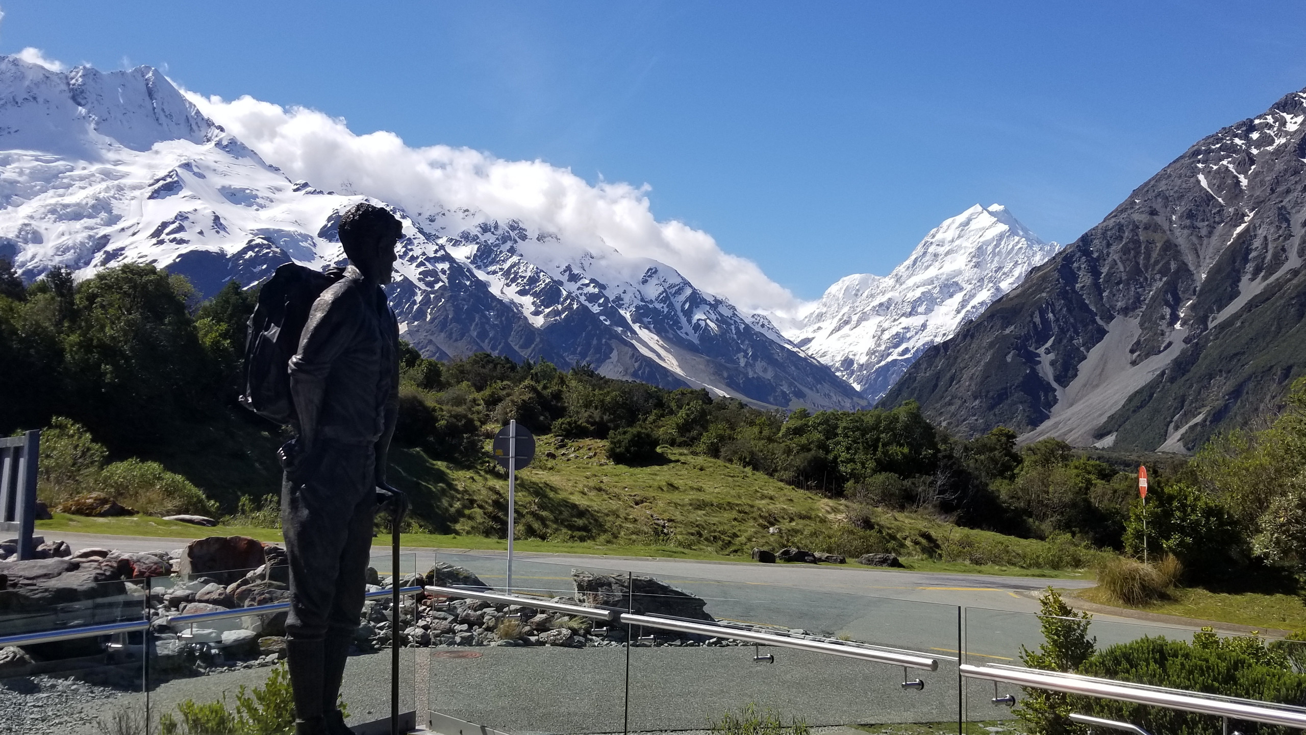 Sir Edmund Hillary monument, Mount Cook, New Zealand activities, New Zealand tours