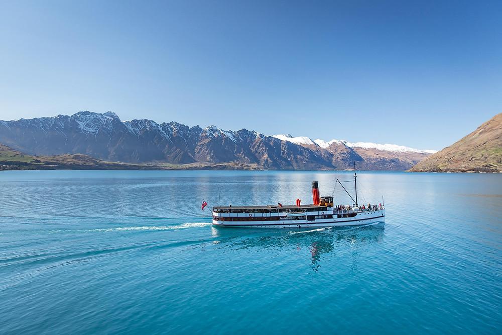 Круиз по озеру Вакатипу на колесном пароходе, Квинстаун, Новая Зеландия