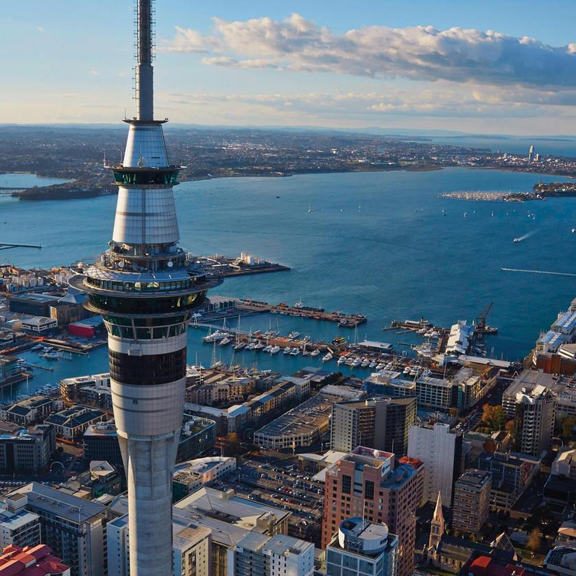 Обзорная экскурсия по Окленду в английской группе, Sky Tower, Новая Зеландия, туры в Новую Зеландию