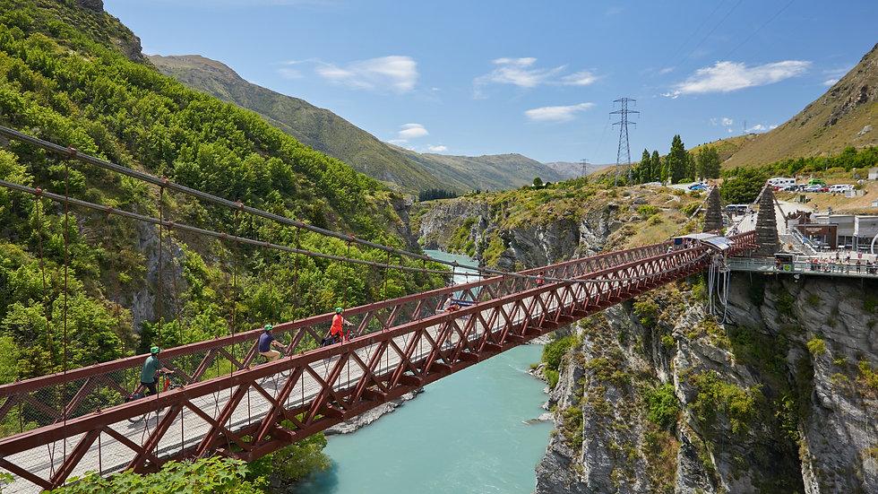 Винный тур на электровелосипедах, Квинстаун, Новая Зеландия. Туры в Новую Зеландию. Гид в Новой Зеландии.
