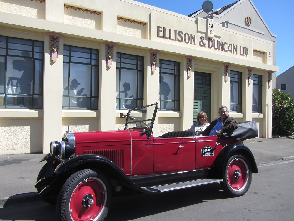 Napier city tour by a vintage car New Zealand