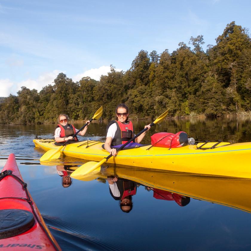 Kayak and Geothermal Adventure