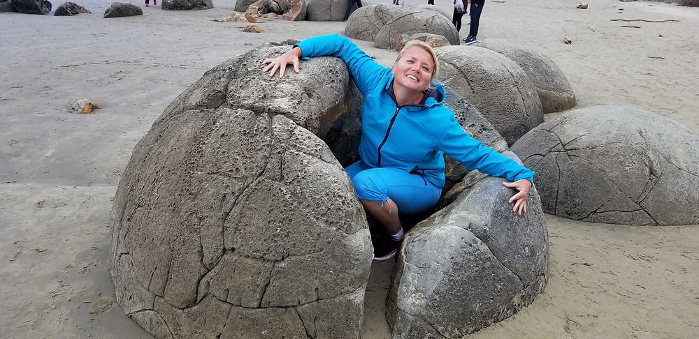 Камни Моераки, Данидин, Новая Зеландия. Тур в Австралию и Новую Зеландию.
