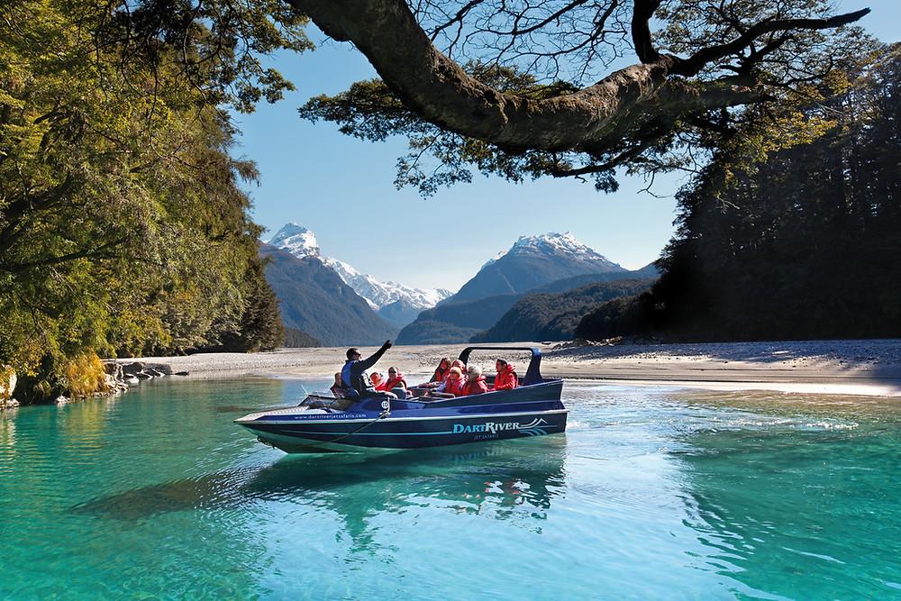 Река Дарт, национальный парк Гора Аспайринг, Новая Зеландия. Тур в Австралию и Новую Зеландию.