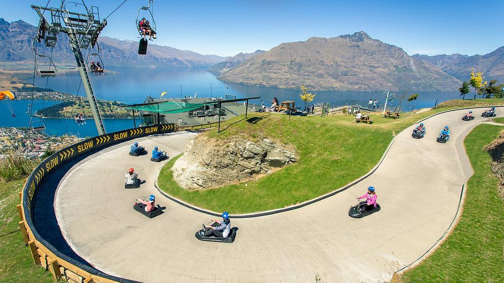 Катание на картах-люжах Квинстаун Новая Зеландия. Туры в Новую Зеландию. Экскурсии в Новой Зеландии.