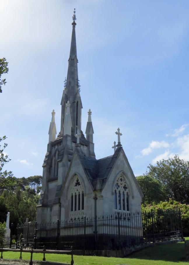 Склеп семьи Ларнак, Данидин, Новая Зеландия, туры в Новую Зеландию