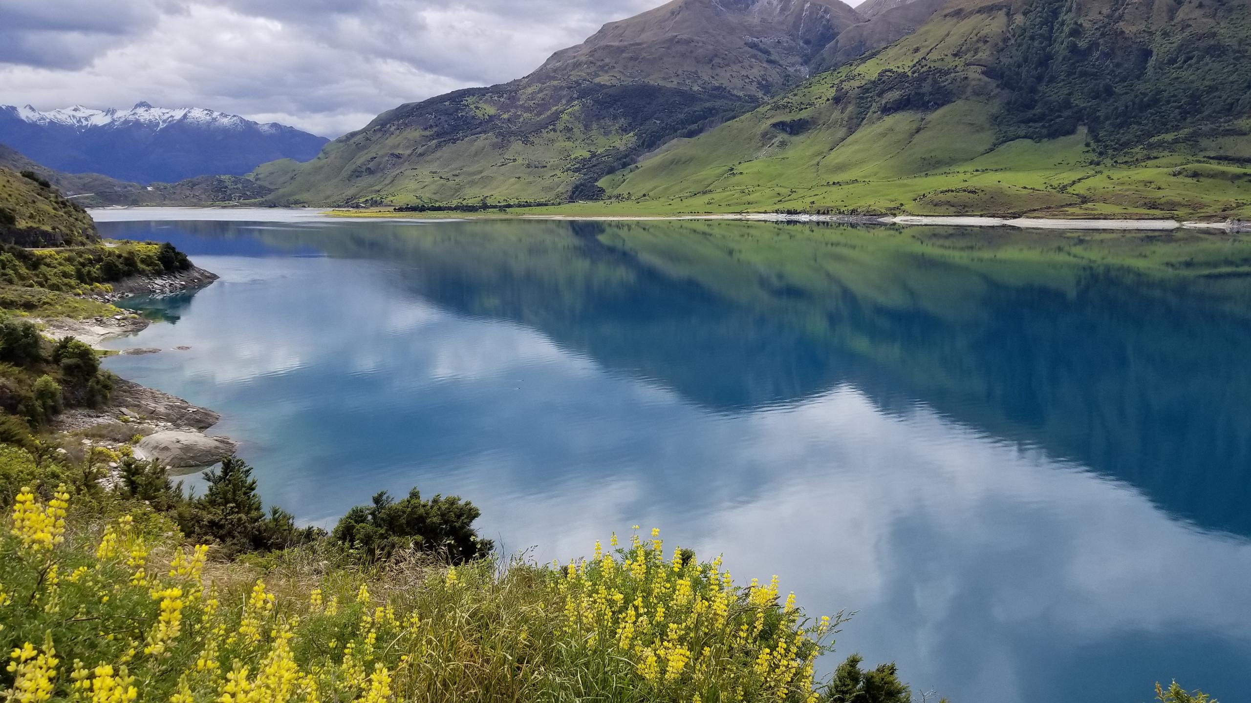 Hawea lake, New Zealand activities, New Zealand tours