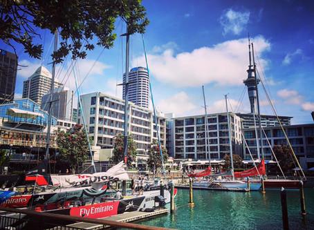 8 Days, Auckland - Wellington, North Island