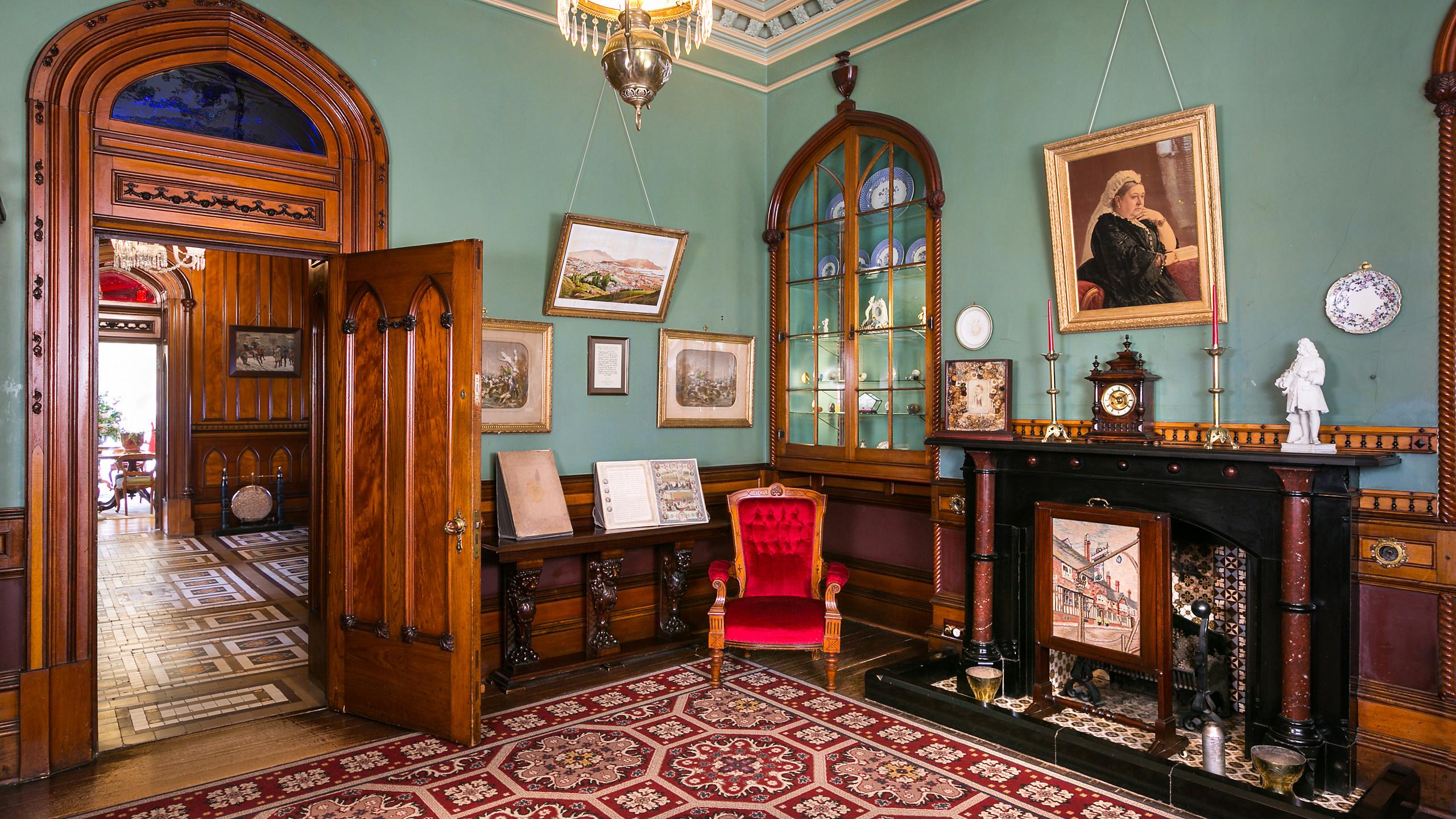 Интерьеры замка Ларнак, Данидин, туры в Новую Зеландию