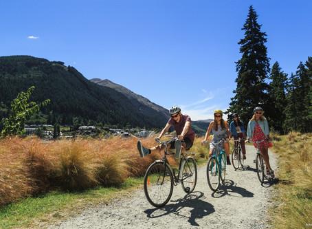 How do Kiwis holiday?
