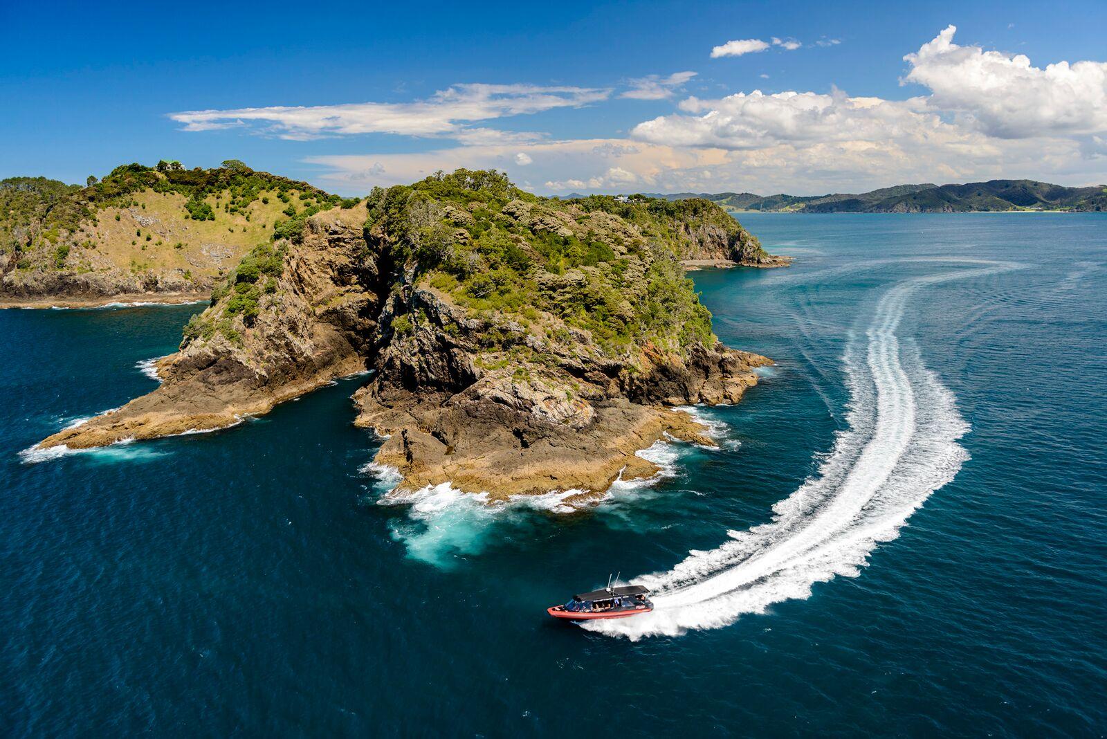 Poor Knights Islands, New Zealand attractions, New Zealand activities