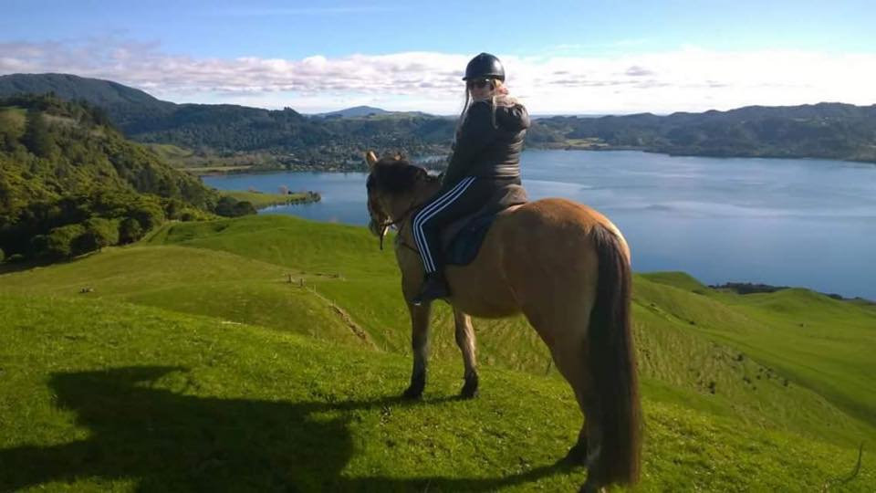Катание на лошадях, верховая езда. Экскурсии в Новой Зеландии. Туры в Новую Зеландию.