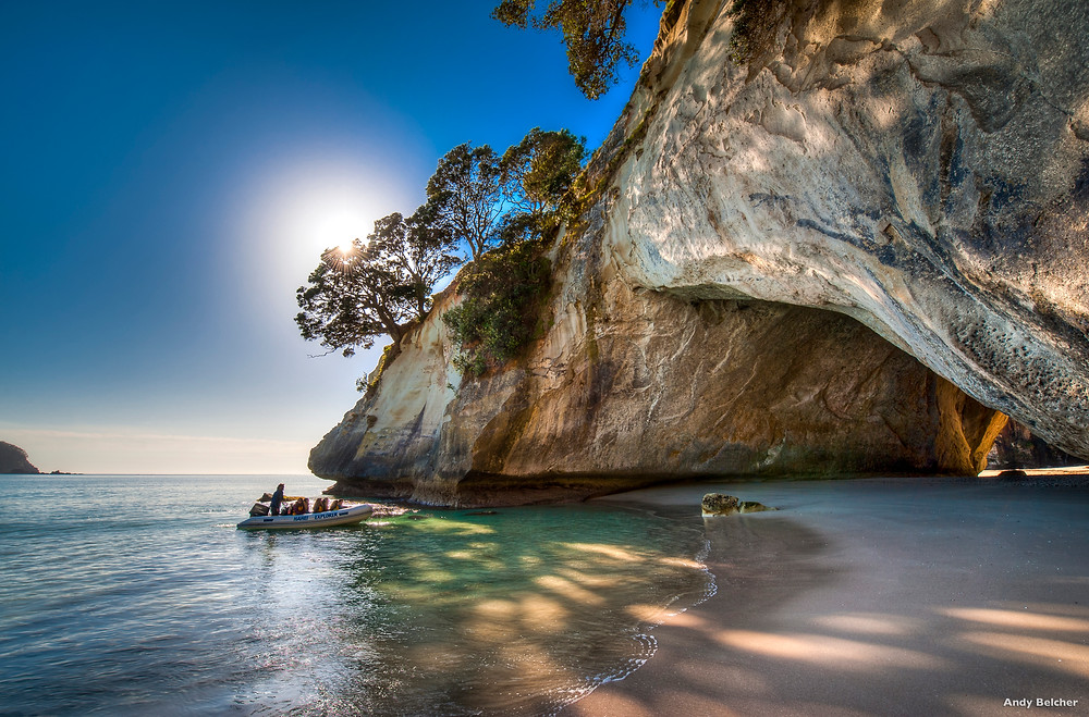 Cathedral cove on Coromandel peninsula, group tour to New Zealand