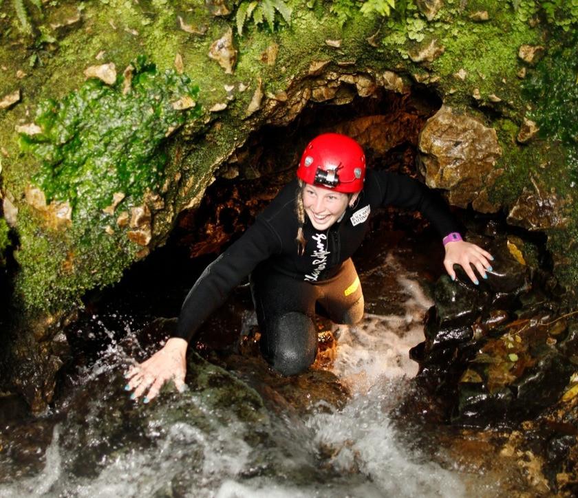 Waitomo Black Water Rafting - Black Labyrinth