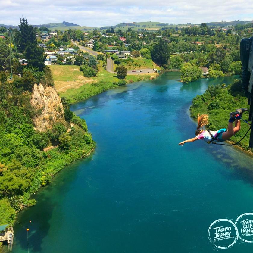 Solo Taupo Bungy Jump 47m