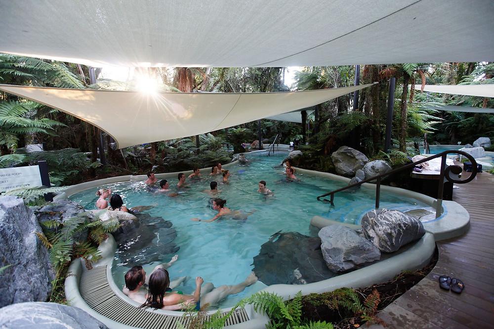 Franz Josef Hot Pools, деревня Франца Иосифа, Новая Зеландия