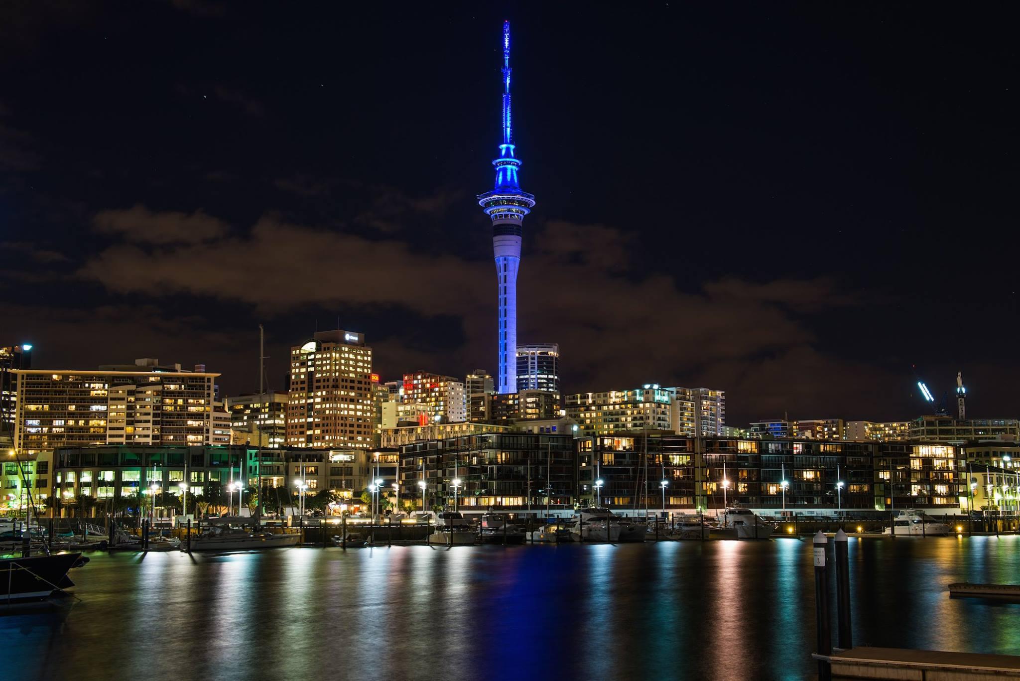 Auckland at night, New Zealand attractions, New Zealand activities