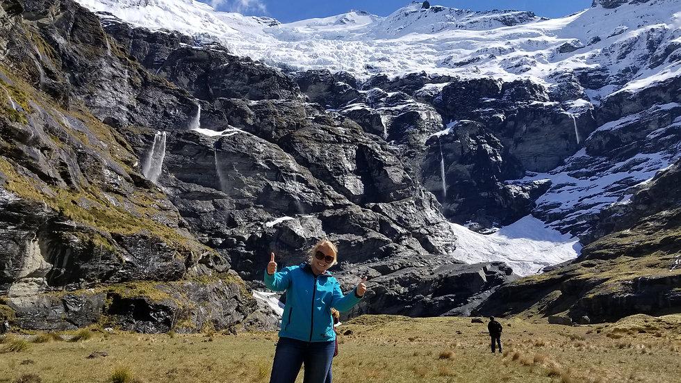 Вертолётный тур в долину Эрнслоу Берн, Квинстаун, Новая Зеландия. Туры в Новую Зеландию. Гид в Новой Зеландии.
