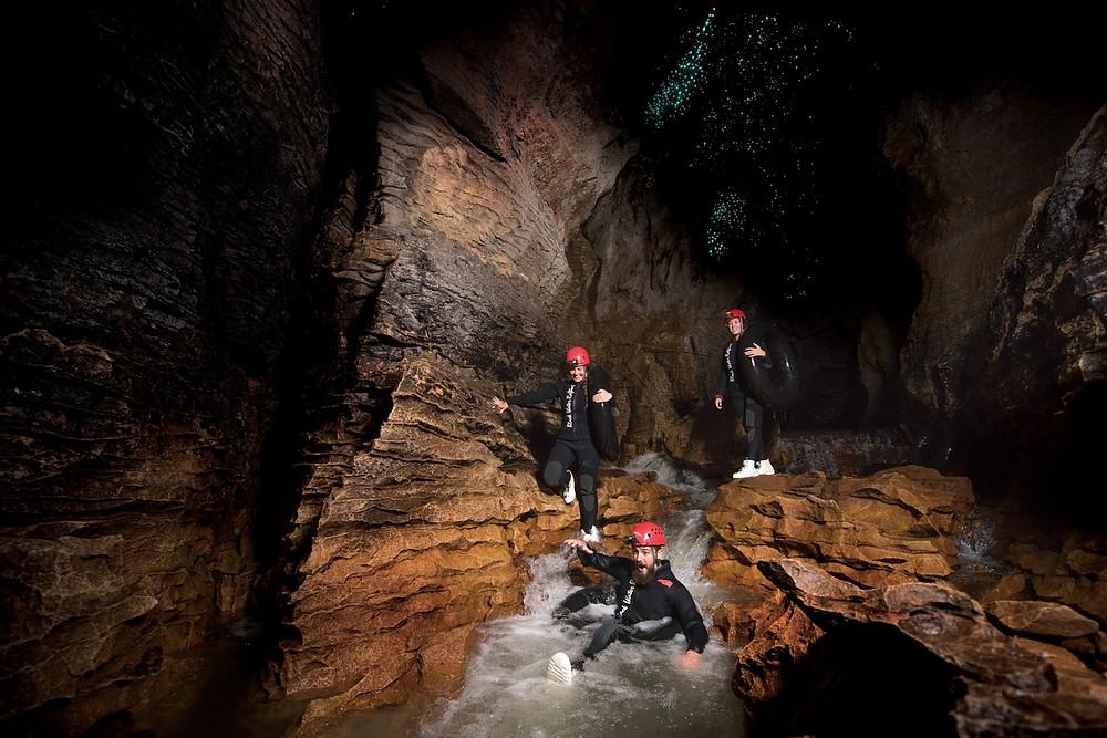 подземный рафтинг, пещеры, Новая Зеландия, туры в Новую Зеландию