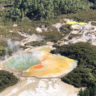 Геотермальный парк Вай-О-Тапу