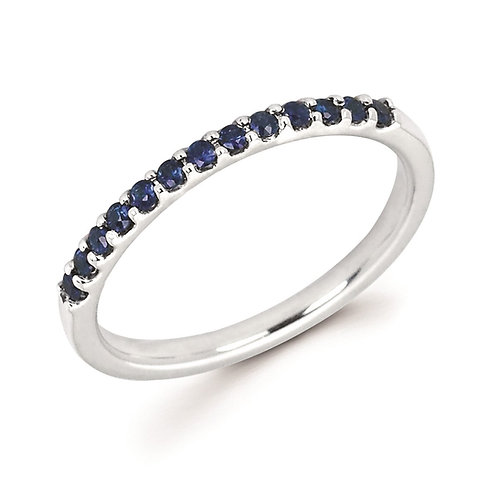 14K white gold and blue sapphire stackable ring. Prong set sapphire satackable ring. Blue sapphire ring. White gold sapphire.