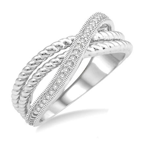 Layered white gold band with diamonds. Beaded band with diamonds and white gold. Triple layer band in white gold. Right hand.