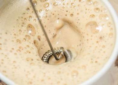 صانعة رغوة الحليب تقييمك