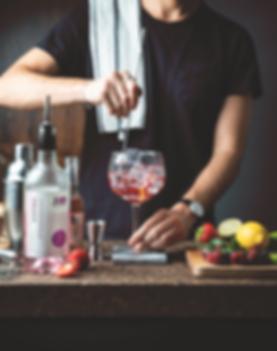 nuno-bartender.png