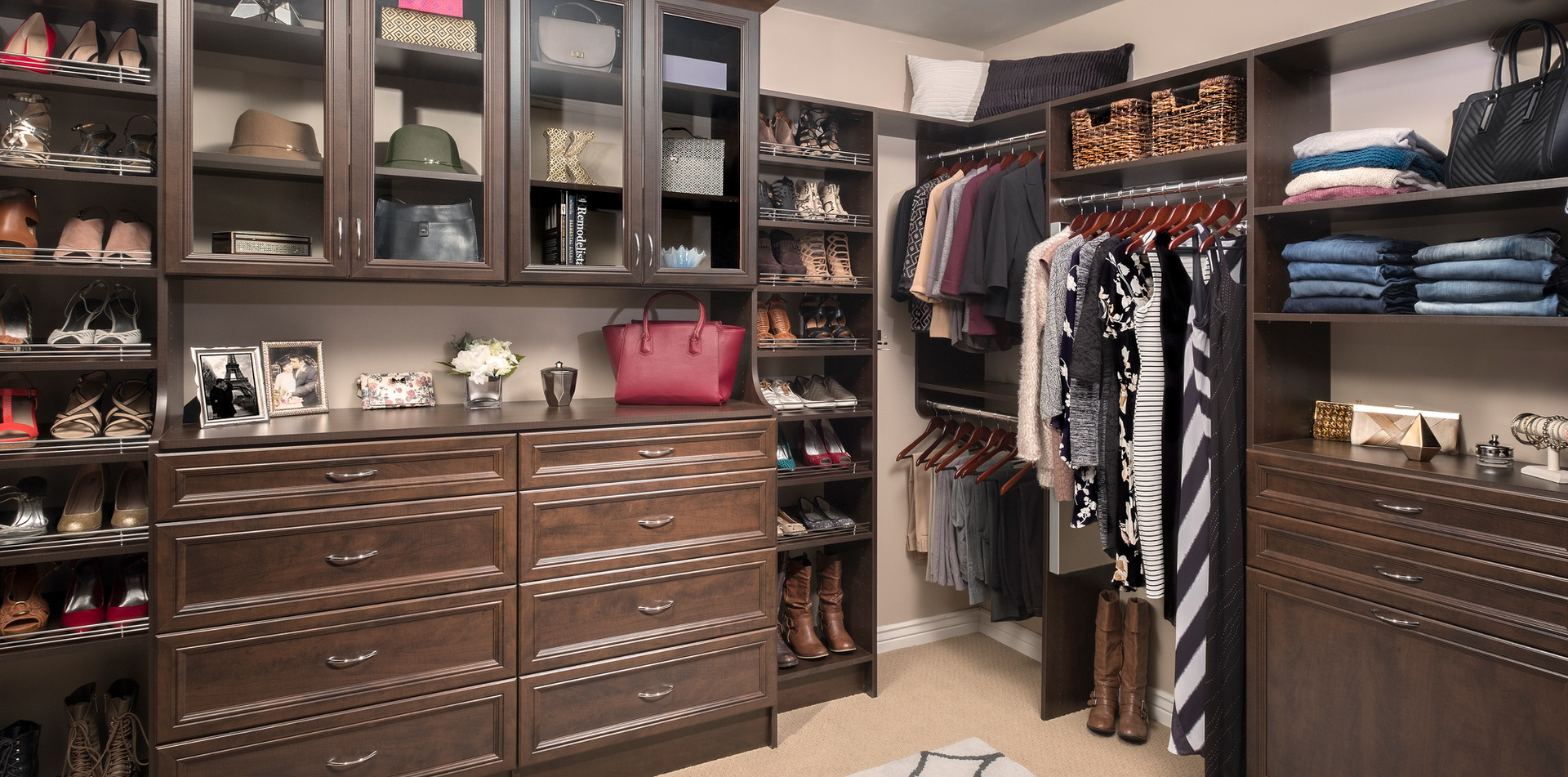 Chocolate Pear-Walk-In-Closet