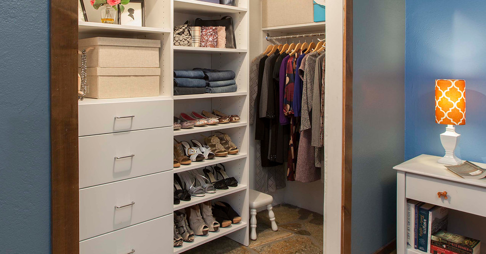 White Modern Closet