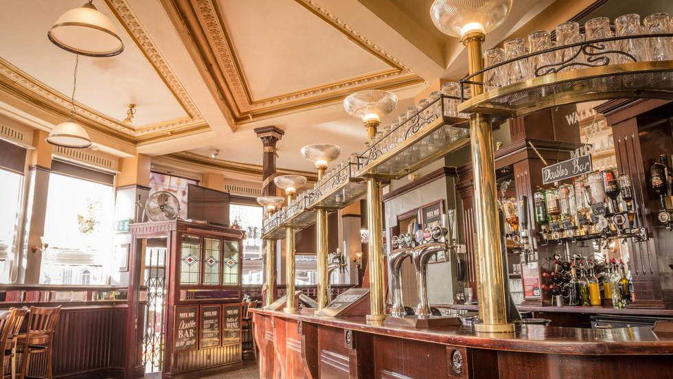 Midland Pub (web)-17.jpg