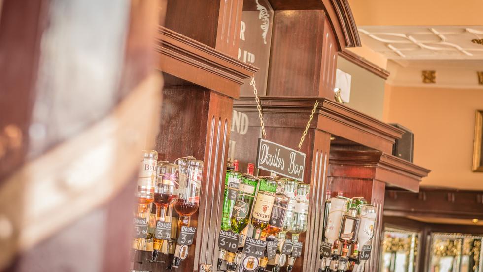 Midland Pub (web)-35.jpg