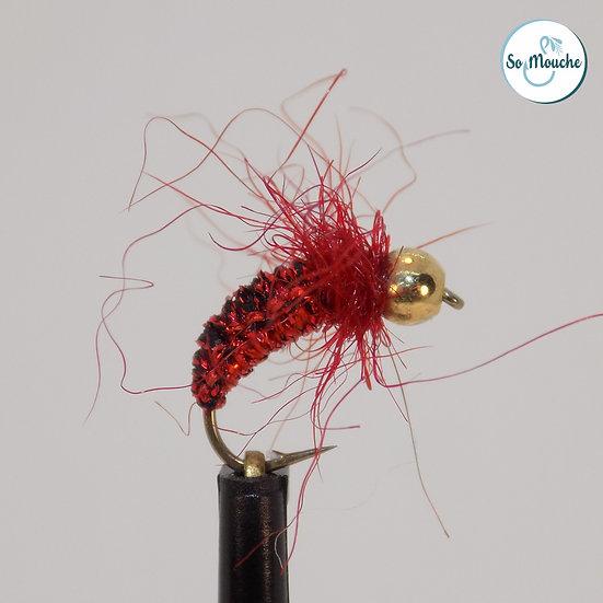 Nymphe tissée rouge