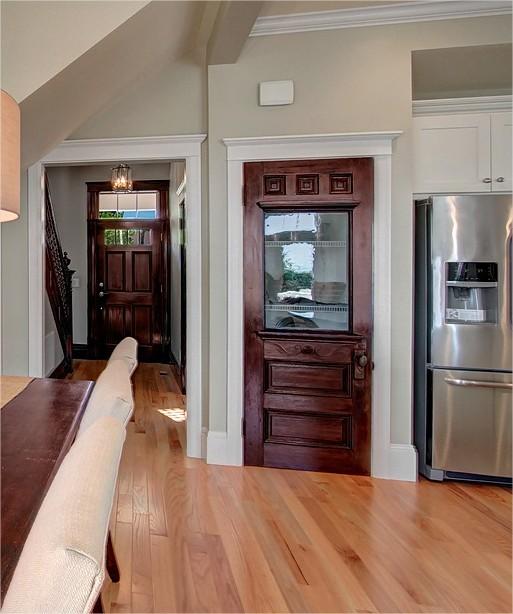 pantry door.jpg