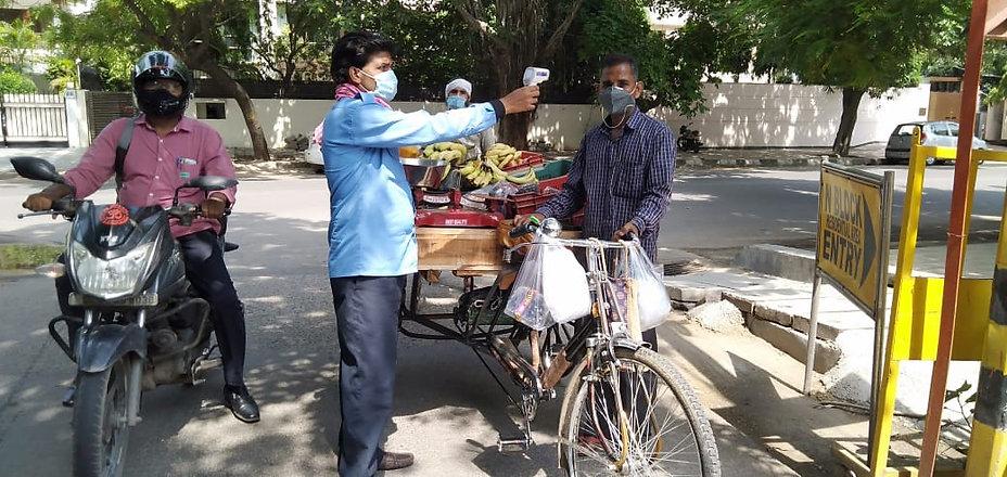 vendors in n block.jpeg