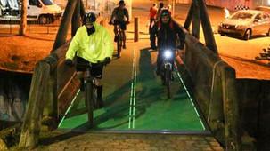 Piso que gera energia é testado em ciclovia de Curitiba