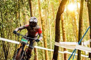 Lucas Borba conquista o pódio no Brasileiro de MTB Downhill