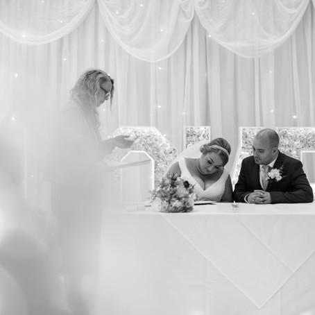 FAKE WEDDING SIGNING