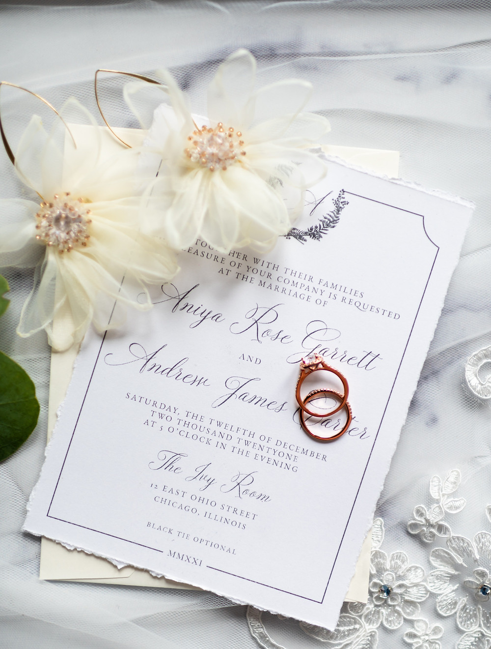 What should be included on your wedding website