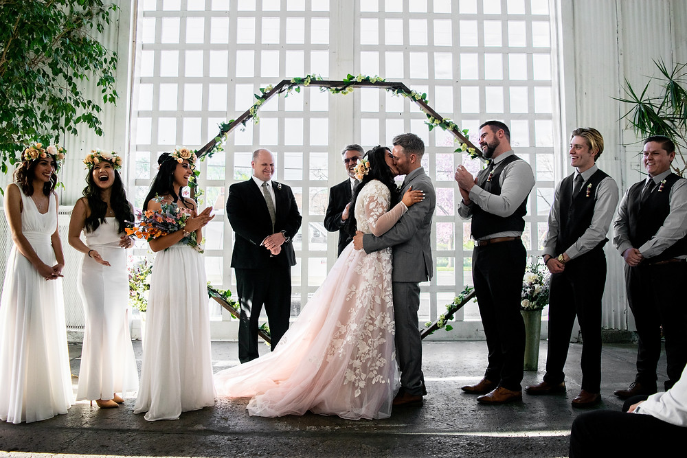 Complete Guide to Having a Virtual Wedding