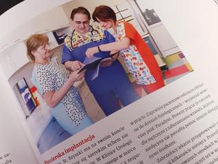 Zaprojektowana odzież medyczna Anny Młyńskiej twórcy marki EFIMED w Albumie Medyczne Zabrze