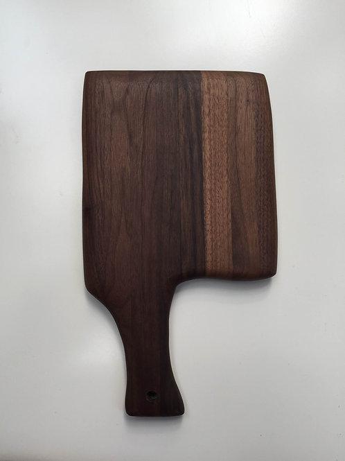 serving axe-01