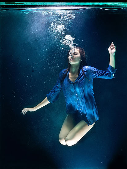underwater-photography-of-woman-1463924.