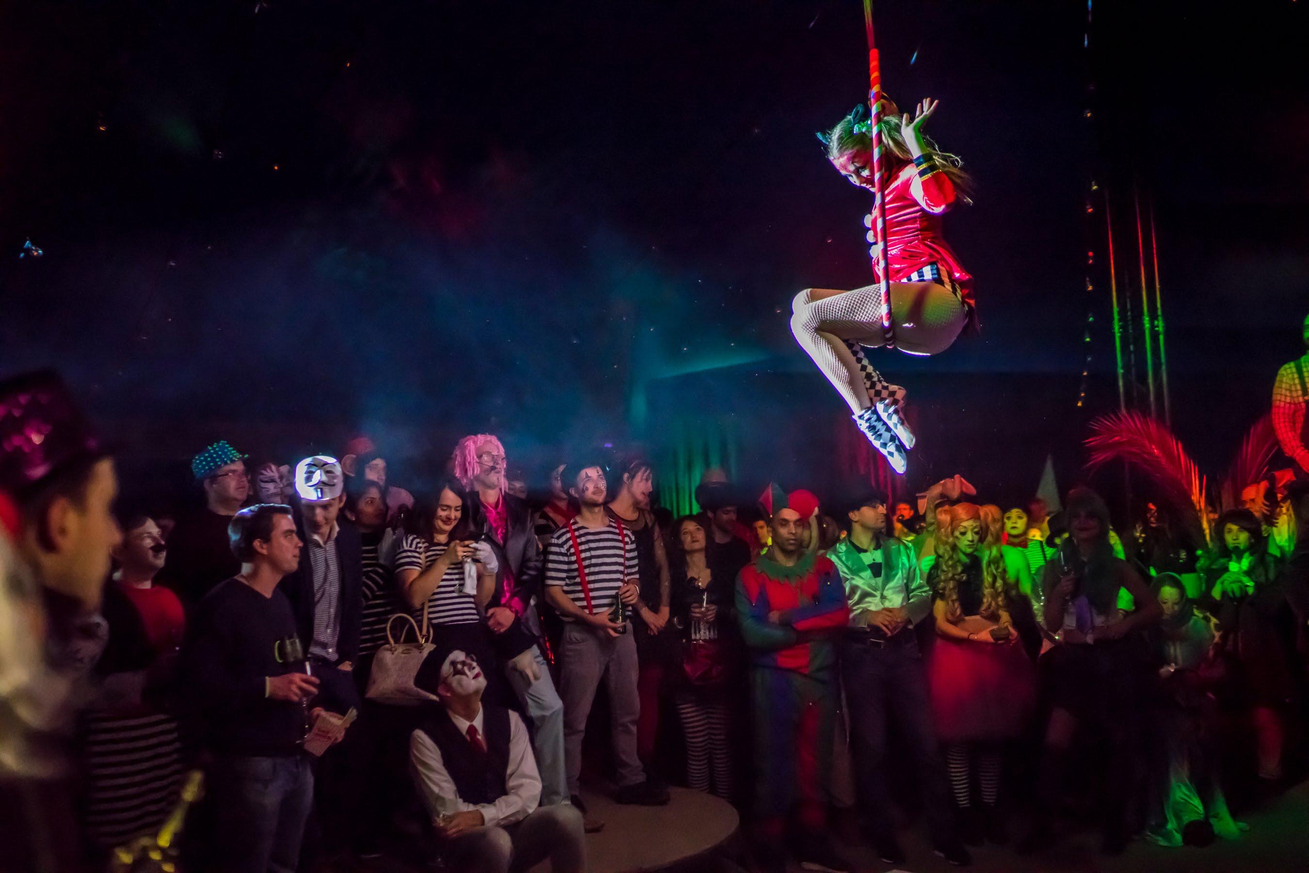 Circus 13