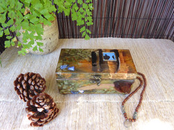 Hummingbird Jewelry Box - in setting