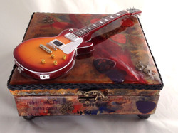 guitar box front