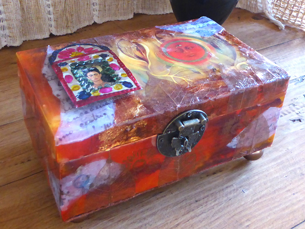 Frida decorative box