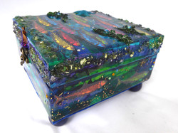 Sardine Jewelry Box – Side View